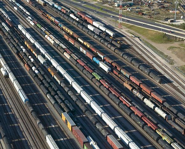印度铁路局与通用电气签订140亿人民币机车合约-竺道
