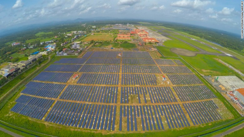 160311115410-india-cochin-airport-solar-power-780x439